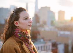 Smart Earpiece Instant language Translator
