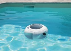 AUXON: Wireless, hands-free music in pools and beaches