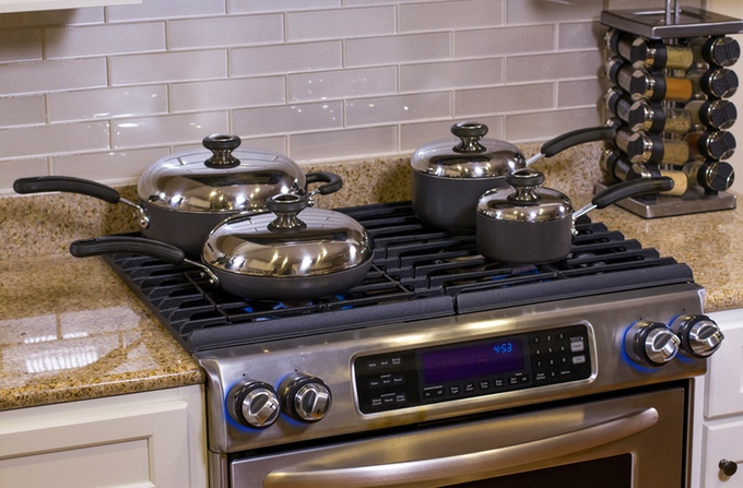Inirv React save stove