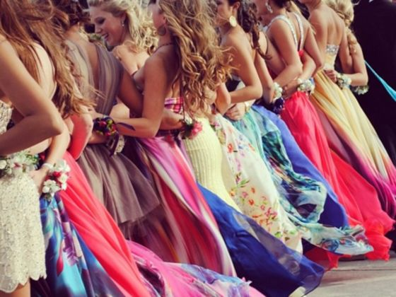 Startup PromSocial launches app to disrupt the prom industry and revolutionize the way teens share their prom experience.