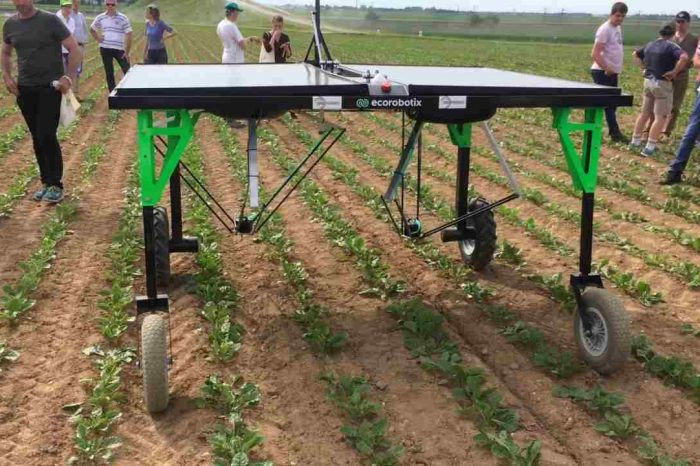 AI-powered robots fight weeds to disrupt US$100 billion pesticide industry dominated by agrochemical giants
