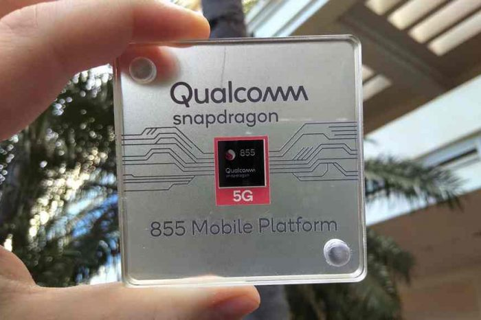 Qualcomm launches Snapdragon 855, the world's first commercial mobile platform for 5G, AI and immersive Extended Reality (XR)