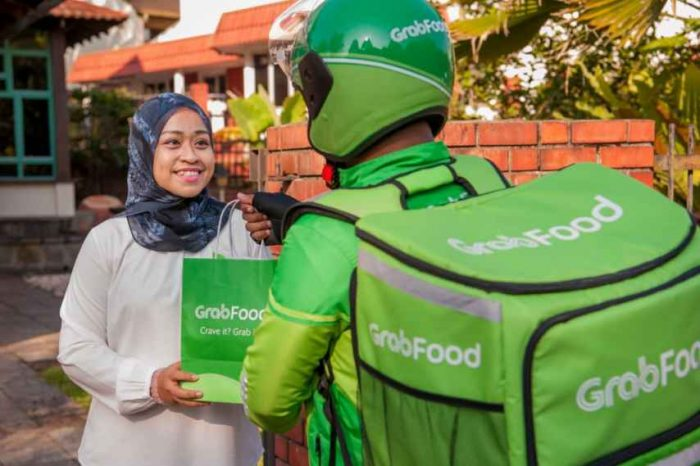 Grab lands $1.46 billion investment from SoftBank's Vision Fund; now valued at $14 billion