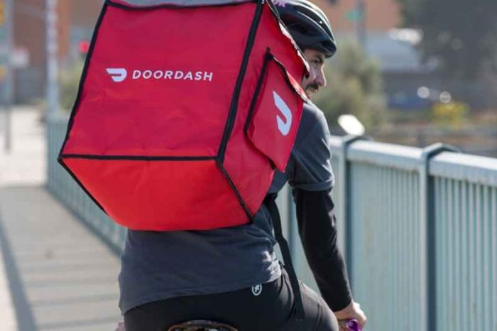 Food delivery startup DoorDash raises $400 million in new funding at $15 billion valuation