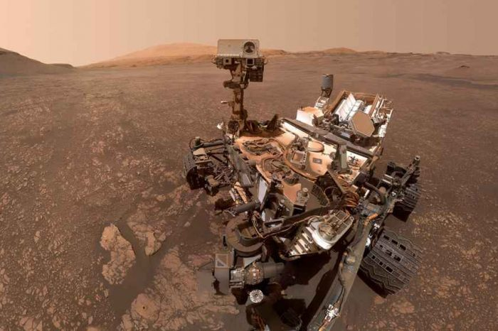NASA's Curiosity Rover Finds Cache Of Clay On Mars