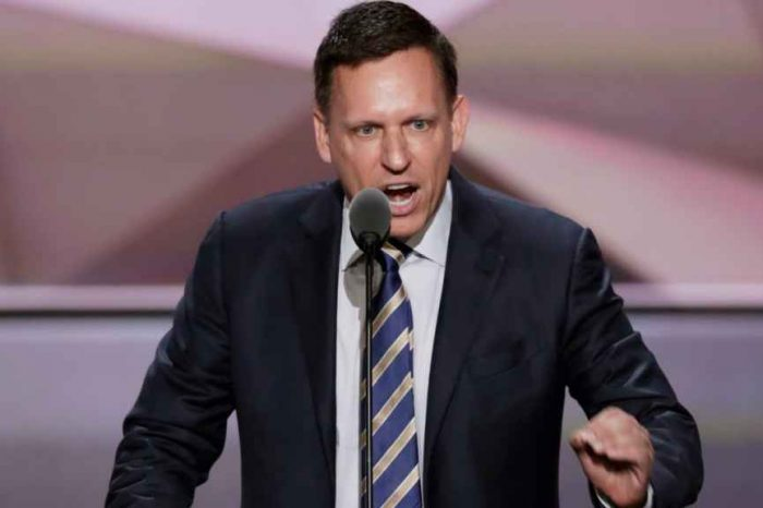 Billionaire investor Peter Thiel says the FBI and CIA should investigate Google; calls Google 'Treasonous'