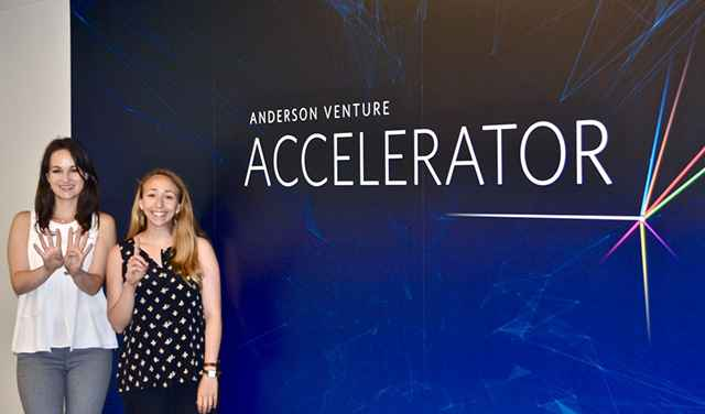 UCLA Anderson Winning Startups Present to Investors at Google Venice