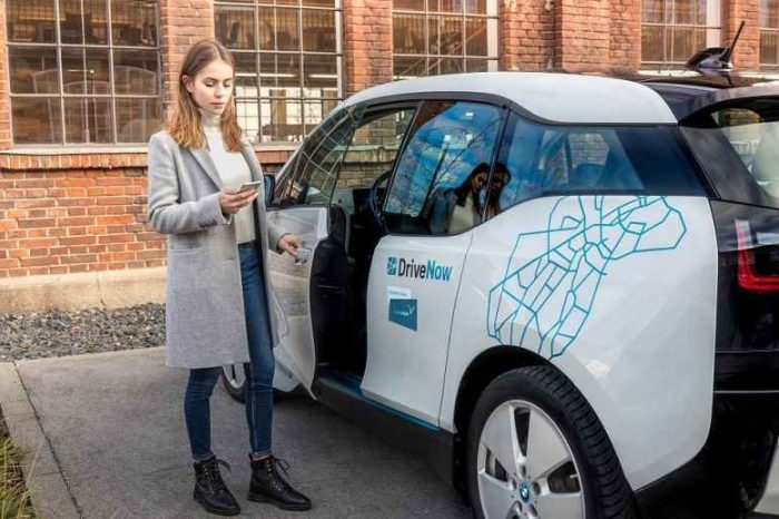 Share Now, a car sharing startup owned by Daimler and BMW, is exiting North America and moving to 18 European cities
