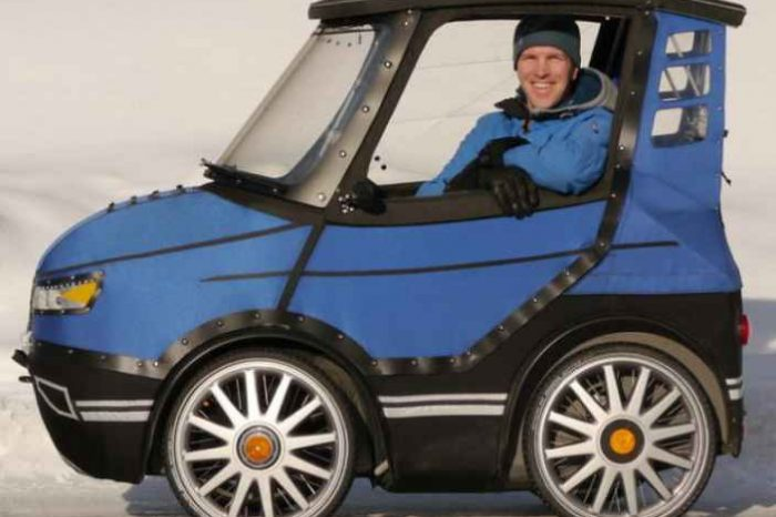Meet PodRide, an electric-bike and a velomobile that doubles as a mini-car