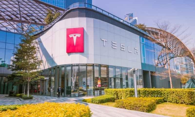 Tesla moves headquarters from California to Austin, Texas