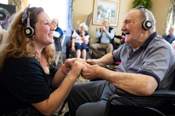 Tech startup Eversound launches new video service to help seniors living in social isolation during Covid-19