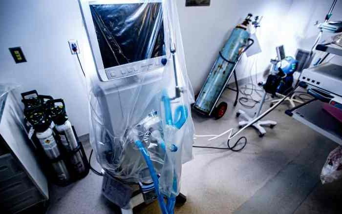 U.S. companies are retooling their operations in the fight against coronavirus, GM and Tesla offer to makeventilators