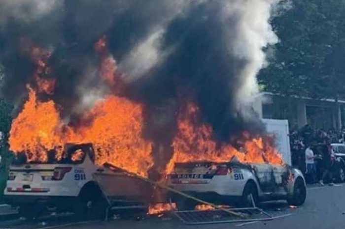 FBI used Etsy, Instagram, LinkedIn, and other Internet history to track down a protester who set cop cars on fire