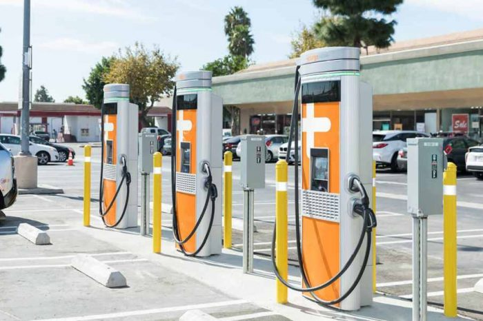 ChargePoint partners with Apple to integrate EV charging information with Apple's CarPlay infotainment system