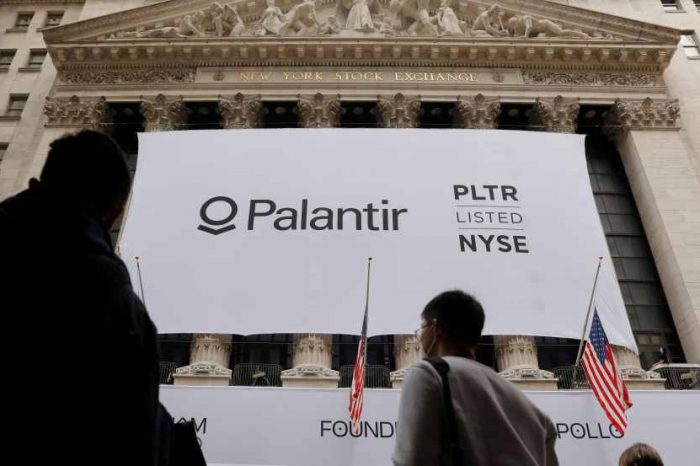 Palantir, the Peter Thiel-backed big data analytics startup company, surges in Wall Street debut at nearly $21 billion