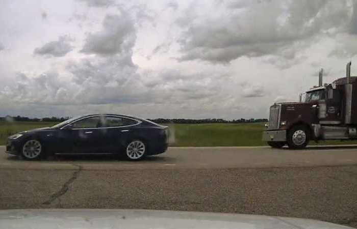 Tesla driver was caught asleep behind the wheel whileusing Autopilot to drive at 150km/hour