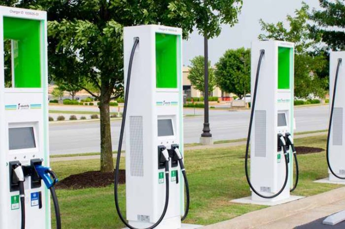 Biden promises 500,000 electric vehicle (EV) charging stations