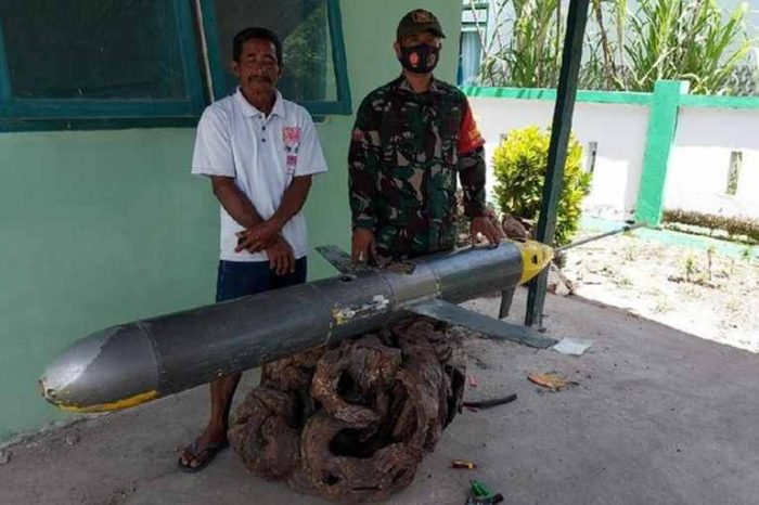 Indonesian fisherman caught a Chinese underwater spy drone on a possible covert mission