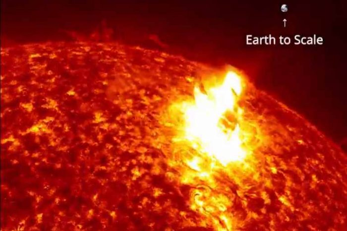 The surface of the Sun like you've never seen before.Watch the Sun unleashed a spectacular solar flare and a massive cloud of particles that mushroomed out and fell back down, captured by NASA's SDO spacecraft