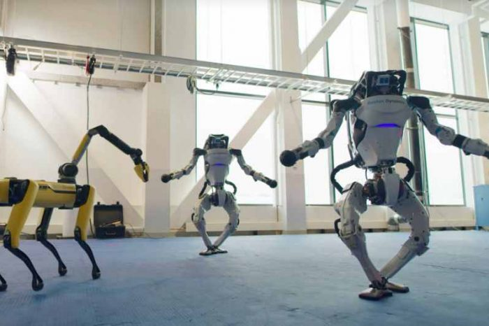 Boston Dynamics' robots ushered in the New Year with their new dance moves