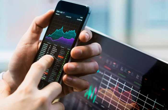 Online app-based trading platforms see a surge in usage aslittle guys stick it to Wall Street