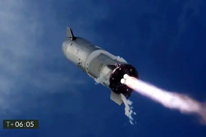 Watch SpaceX Starship SN10 landing and explosion in slow-motion