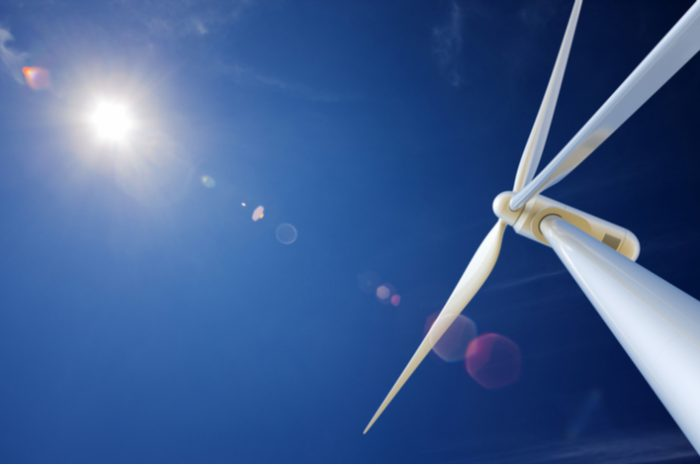 What role did frozen wind turbines play in the Texas power crisis?