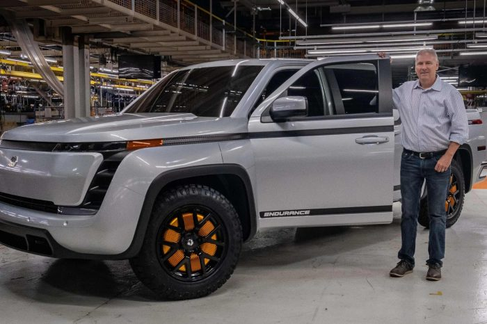 The CEO and CFO of $5.3 billion electric startup Lordstown Motors resigned after the company came under SEC investigation