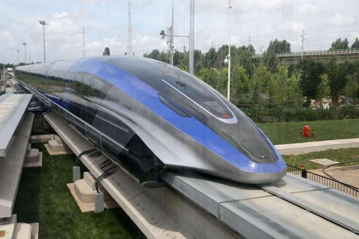 Chinaunveils theworld's fastest high-speed train ever built,a maglev train capable of a top speed of 600 km/h