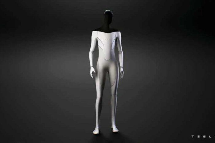 "Elon Musk unveils Tesla Bot, a humanoid AI robot designed to do ""boring"" work"
