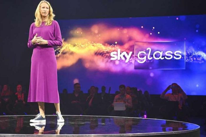 Comcast enters the Smart-TV market with the launch of Sky Glass in Europe to let users access TV without a satellite dish
