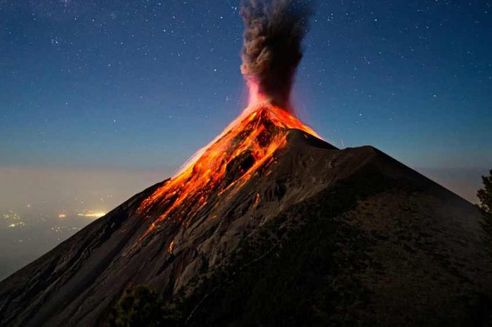 El Salvador becomes the first country to mine bitcoins using energy from volcanoes